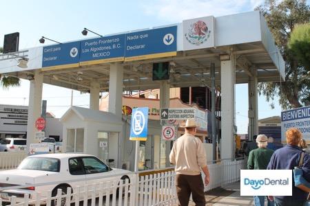 Pictures of the Yuma Mexico border crossing to Los Algodones - Molar City